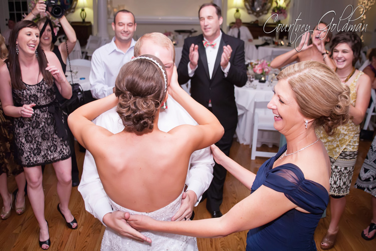 Wedding Reception at Thompson House and Gardens in Bogart Georgia by Courtney Goldman Photography (8)