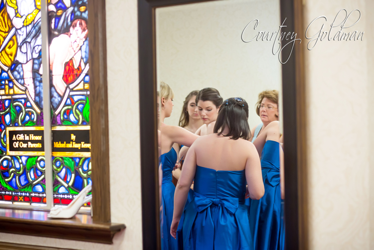 Photojournalism-Wedding-Photography-at-Holy-Spirit-Catholic-Church-in-Atlanta-by-Courtney-Goldman-05.jpg