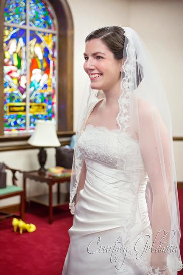 Photojournalism-Wedding-Photography-at-Holy-Spirit-Catholic-Church-in-Atlanta-by-Courtney-Goldman-10.jpg