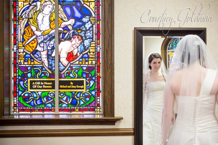 Photojournalism-Wedding-Photography-at-Holy-Spirit-Catholic-Church-in-Atlanta-by-Courtney-Goldman-11.jpg