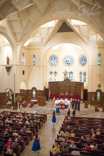 Wedding-Ceremony-at-Holy-Spirit-Catholic-Church-in-Atlanta-Georgia-by-Courtney-Goldman-Photography-04.jpg