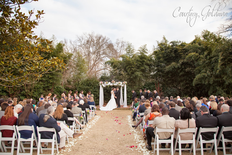 The-Thompson-House-and-Gardens-Wedding-Ceremony-in-Bogart-and-Athens-Georgia-by-Courtney-Goldman-Photography-18-Outdoor-Ceremony.jpg