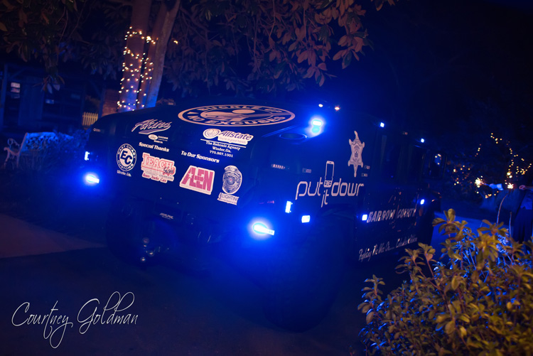 The-Thompson-House-and-Gardens-Wedding-Reception-in-Bogart-and-Athens-Georgia-by-Courtney-Goldman-Photography-54-police-car-for-getaway.jpg