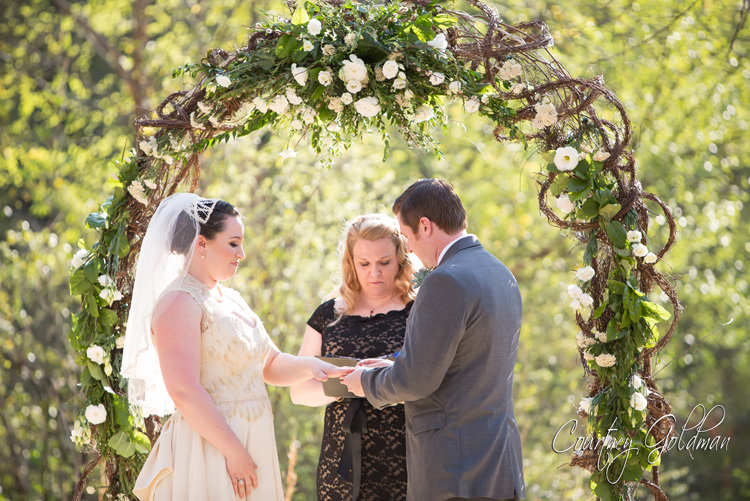 Athens-Georgia-Outdoor-Green-Spring-Wedding-by-Courtney-Goldman-Photography-10.jpg