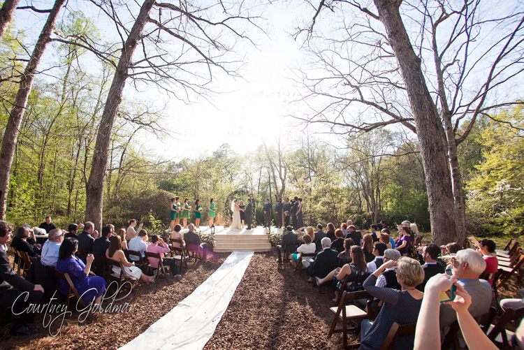 Athens-Georgia-Outdoor-Green-Spring-Wedding-by-Courtney-Goldman-Photography-11.jpg
