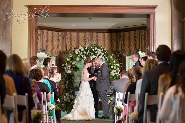 Indoor-Wedding-Ceremony-at-Ritz-Carlton-Lodge-Reynolds-Plantation-Lake-Oconee-Courtney-Goldman-Photography-07.jpg