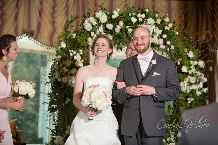 Indoor-Wedding-Ceremony-at-Ritz-Carlton-Lodge-Reynolds-Plantation-Lake-Oconee-Courtney-Goldman-Photography-09.jpg