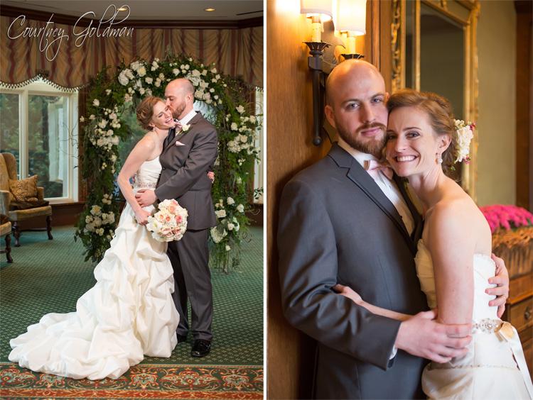 Indoor-Wedding-Ceremony-at-Ritz-Carlton-Lodge-Reynolds-Plantation-Lake-Oconee-Courtney-Goldman-Photography-15.jpg