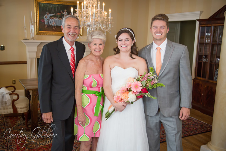 Wedding-Ceremony-at-Redeemer-Presbyterian-Church-in-Athens-Georgia-by-Courtney-Goldman-Photography-05.jpg