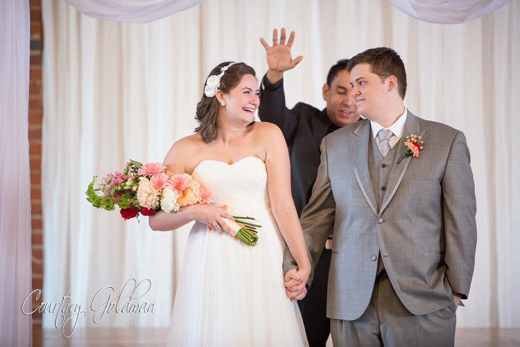 Wedding-Ceremony-at-Redeemer-Presbyterian-Church-in-Athens-Georgia-by-Courtney-Goldman-Photography-16.jpg