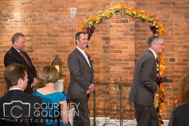 Fall-Atlanta-Wedding-The-Conservatory-at-Waterstone-in-Acworth-Georgia-by-Courtney-Goldman-Photography-04.jpg