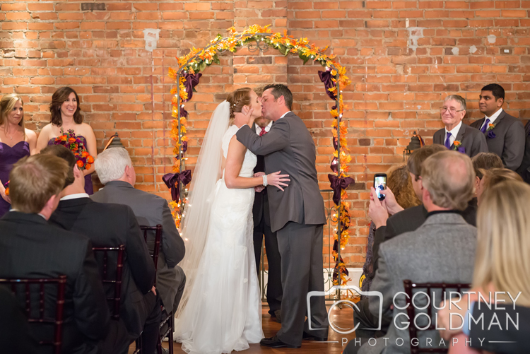 Fall-Atlanta-Wedding-The-Conservatory-at-Waterstone-in-Acworth-Georgia-by-Courtney-Goldman-Photography-10.jpg