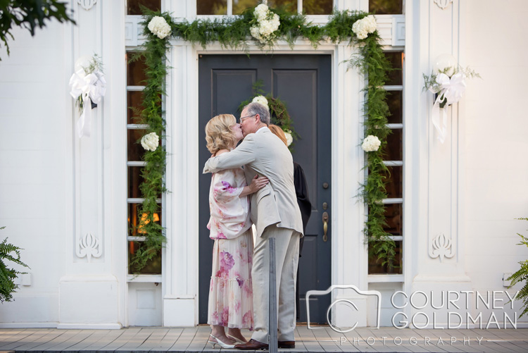 Taylor-Grady-House-Wedding-in-Athens-Georgia-by-Courtney-Goldman-Photography-08.jpg