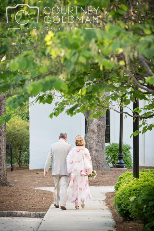Taylor-Grady-House-Wedding-in-Athens-Georgia-by-Courtney-Goldman-Photography-09.jpg