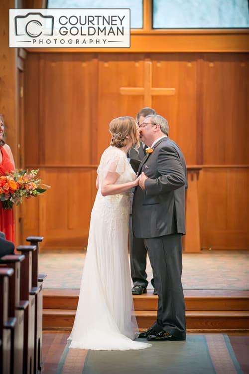 Athens-Georgia-Wedding-Ceremony-at-The-State-Botanical-Garden-of-Georgia-by-Courtney-Goldman-Photography-170.jpg