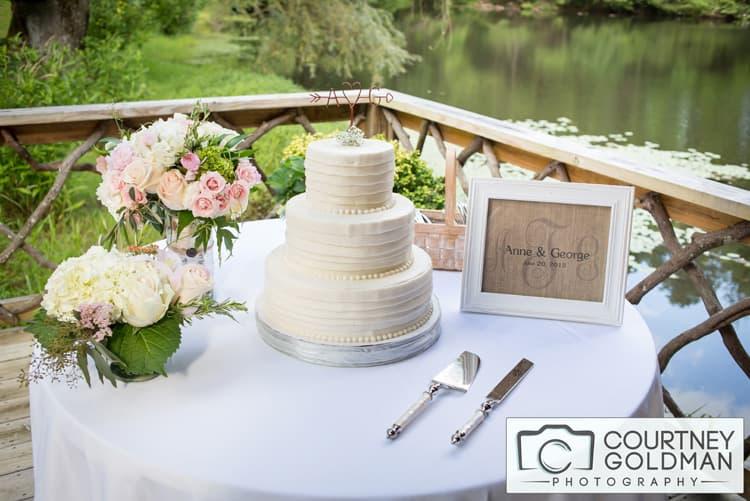 North Carolina Wedding Reception at The Canoe Dock in Saluda Zirconia by Courtney Goldman Photography 012