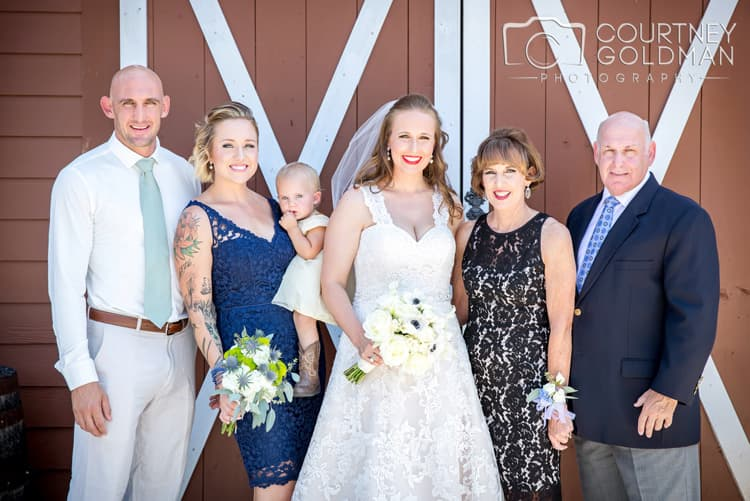 barn-wedding-at-9-oaks-farm-in-monroe-georgia-by-courtney-goldman-photography-52