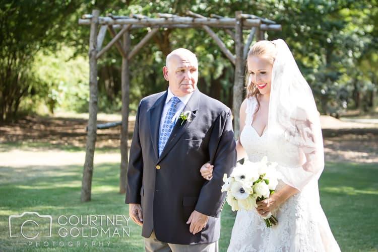 barn-wedding-at-9-oaks-farm-in-monroe-georgia-by-courtney-goldman-photography-55