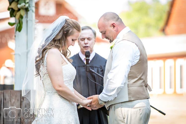 barn-wedding-at-9-oaks-farm-in-monroe-georgia-by-courtney-goldman-photography-57