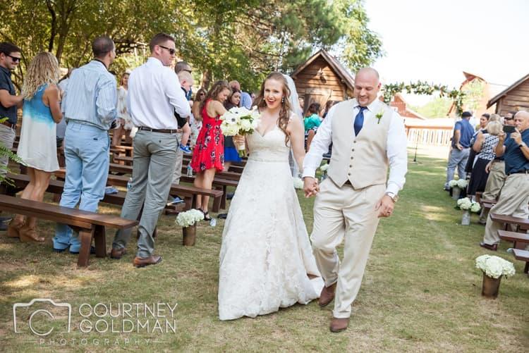 barn-wedding-at-9-oaks-farm-in-monroe-georgia-by-courtney-goldman-photography-59