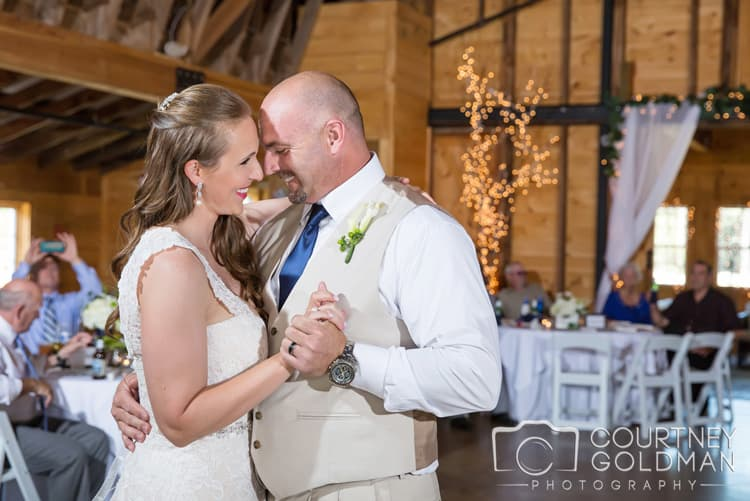 barn-wedding-at-9-oaks-farm-in-monroe-georgia-by-courtney-goldman-photography-65