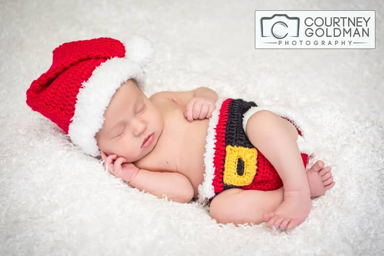Newborn-Baby-and-Family-Portrait-Session-in-Alpharetta-Georgia-by-Courtney-Goldman-Photography-33.jpg