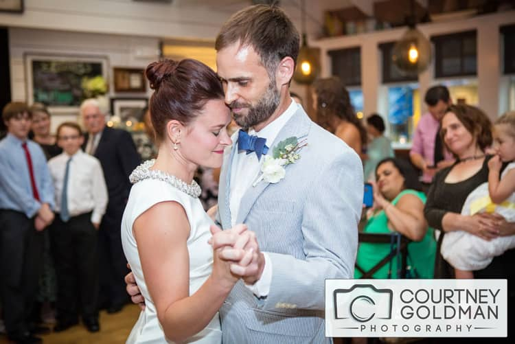 Quaker-Wedding-in-Baltimore-Maryland-by-Courtney-Goldman-Photography-28.jpg