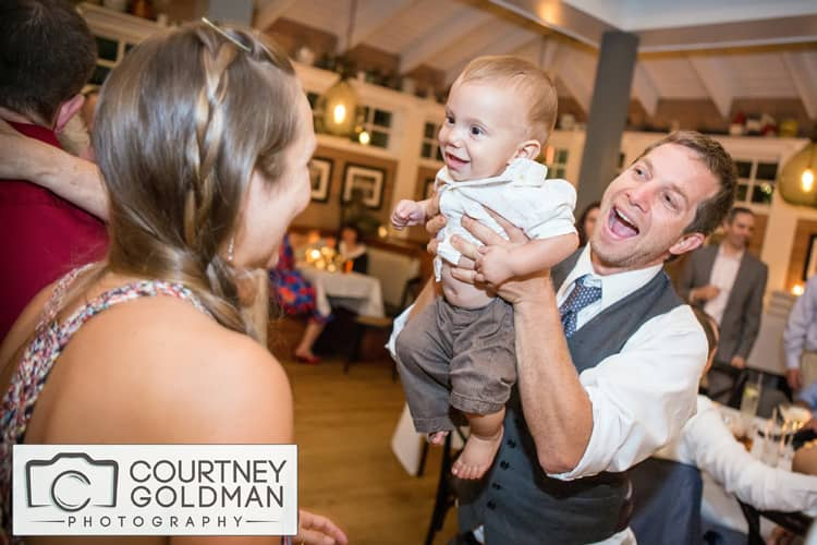 Quaker-Wedding-in-Baltimore-Maryland-by-Courtney-Goldman-Photography-36.jpg
