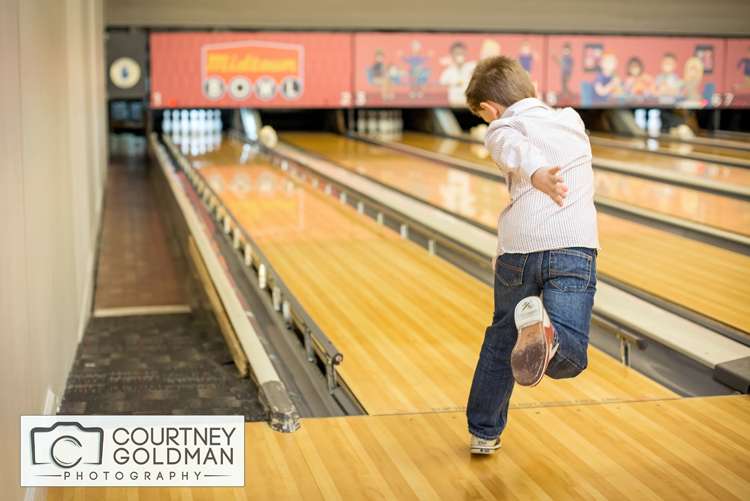 Atlanta-Portrait-Photography-at-a-Bowling-Alley-by-Courtney-Goldman-01.jpg