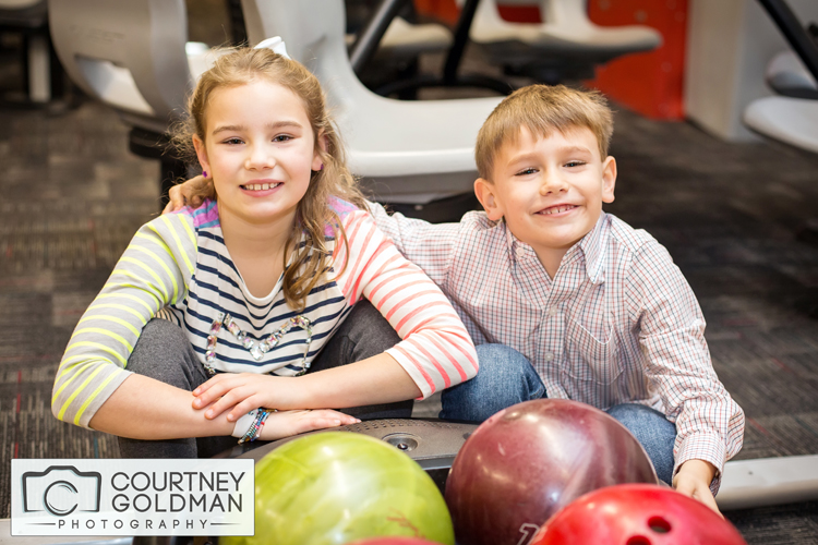 Atlanta-Portrait-Photography-at-a-Bowling-Alley-by-Courtney-Goldman-03.jpg