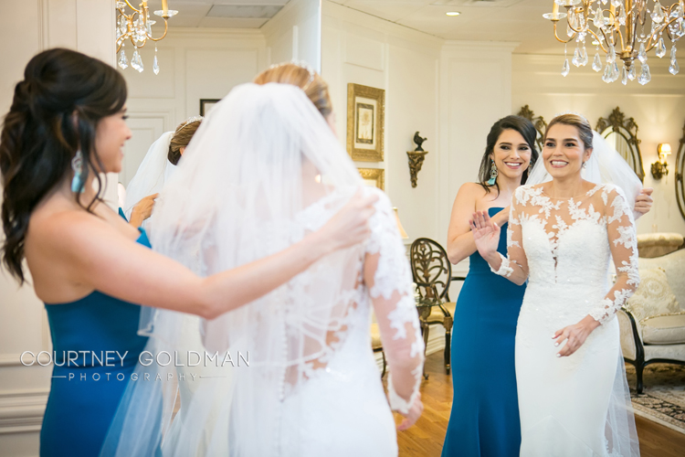 Atlanta-Wedding-Ceremony-at-The-Cathedral-of-Christ-The-King-by-Courtney-Goldman-Photography-02.jpg