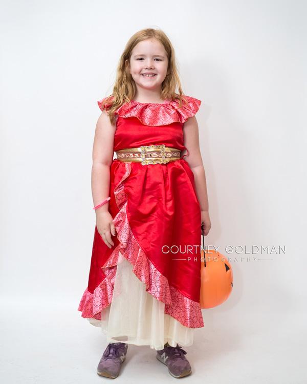 HalloweenCostumePortraitsbyCourtneyGoldmanPhotography16.jpg