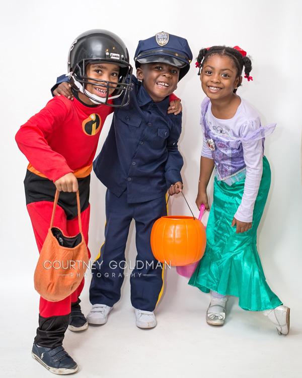 HalloweenCostumePortraitsbyCourtneyGoldmanPhotography19.jpg