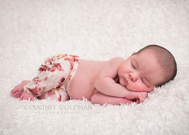 Atlanta-Fresh-48-and-newborn-portrait-photography-by-Courtney-Goldman-202.jpg