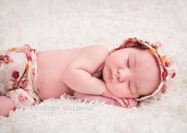 Atlanta-Fresh-48-and-newborn-portrait-photography-by-Courtney-Goldman-203.jpg