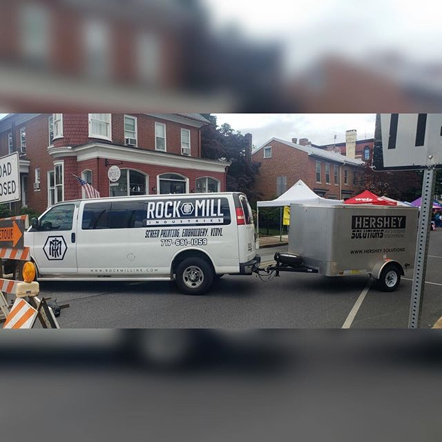 We're down here at Jubilee Day once again providing production for the stage on the square.  We were asked to use Rockmobile as a road block since their original plan fell through. We gladly said yes. #roadblock #rockmill #rockmobile #rmi #rockmillindustries