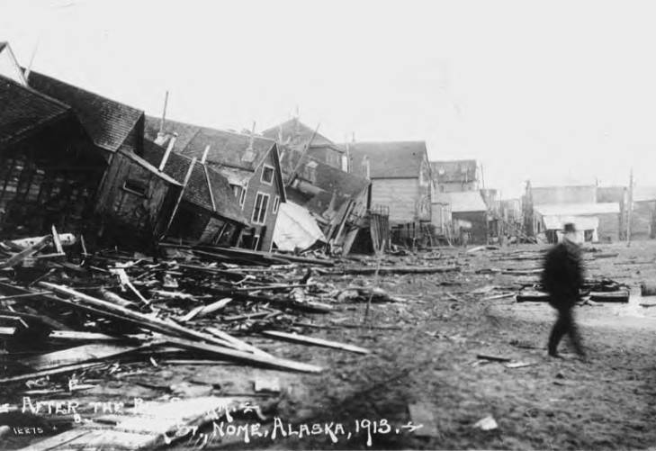 Wreckage of buildings in Nome after storm, 1913.jpg