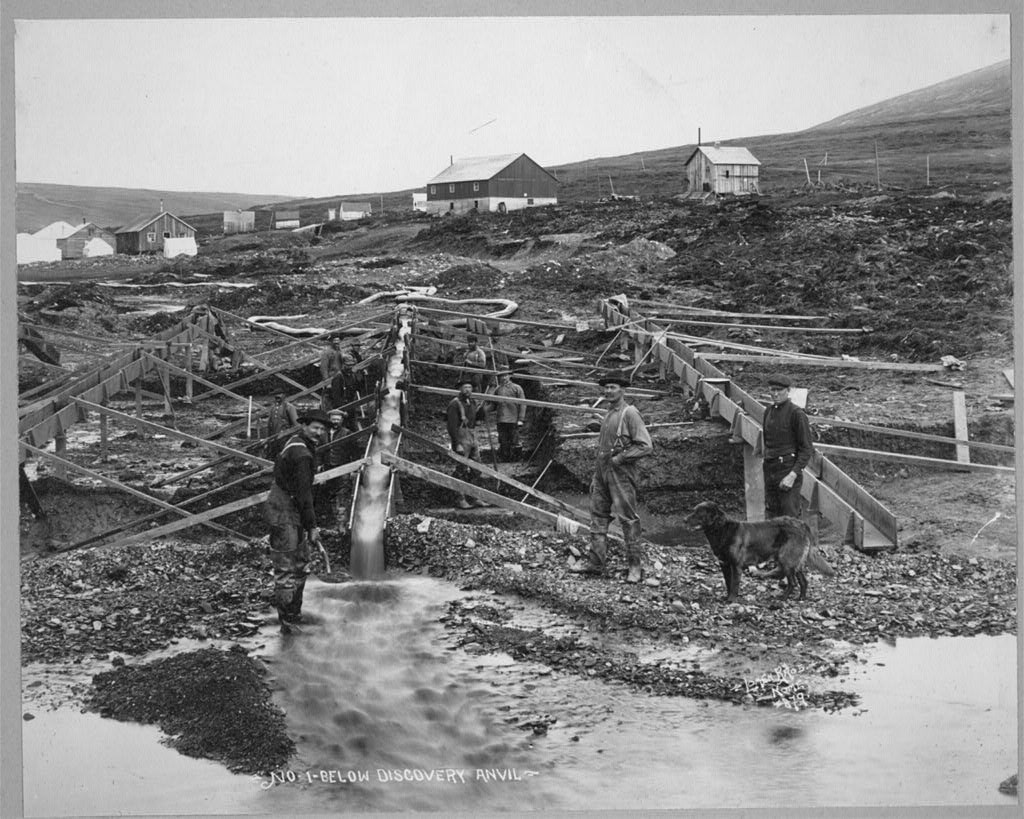 Anvil Creek gold mine No-1 Below discovery anvil.jpg