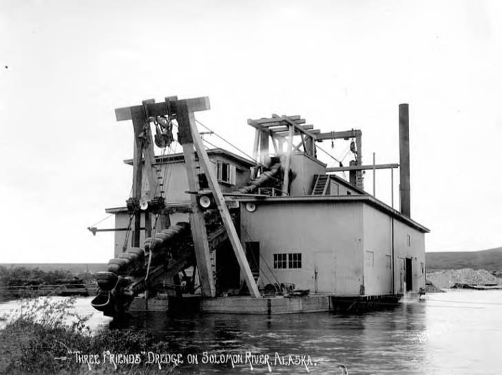 Three Friends dredge on Solomon River, 1903-1920.jpg