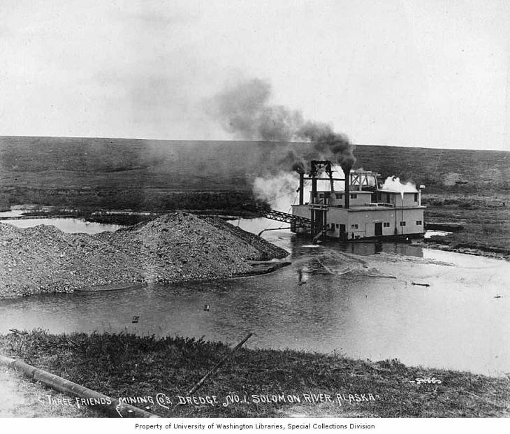 Three Friends Mining Company Dredge No. 1, Solomon River, Alaska, circa 1907.jpg