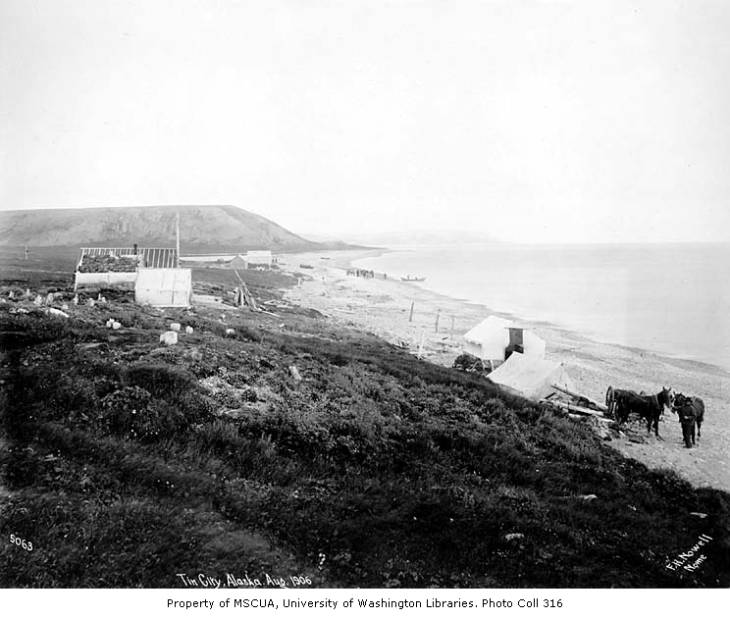 Tin City, mouth of Cape Creek, Bering Sea coast, August 1906.jpg