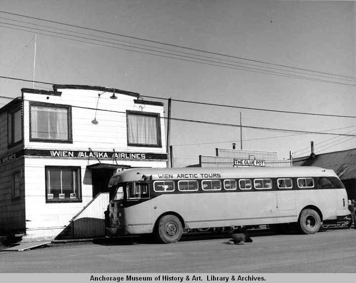 Wien Arctic Tours bus in Nome..jpg