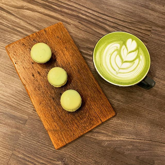#Matcha Everything. #Macarons & #Latte Perfect on a day like Today! 🍵 ☔️Were at @SmallTownPastry in @bettendorfiowa until 2PM today!