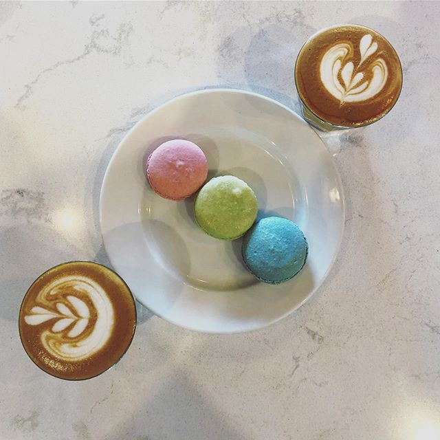 Macaroons are 👌Coffee is too! ❤️ Come Visit is for your daily dose! #DrinkBetterCoffee #392Caffe @smalltownpastry . . . Photo & Cortado by @sampkcallaway #Team392