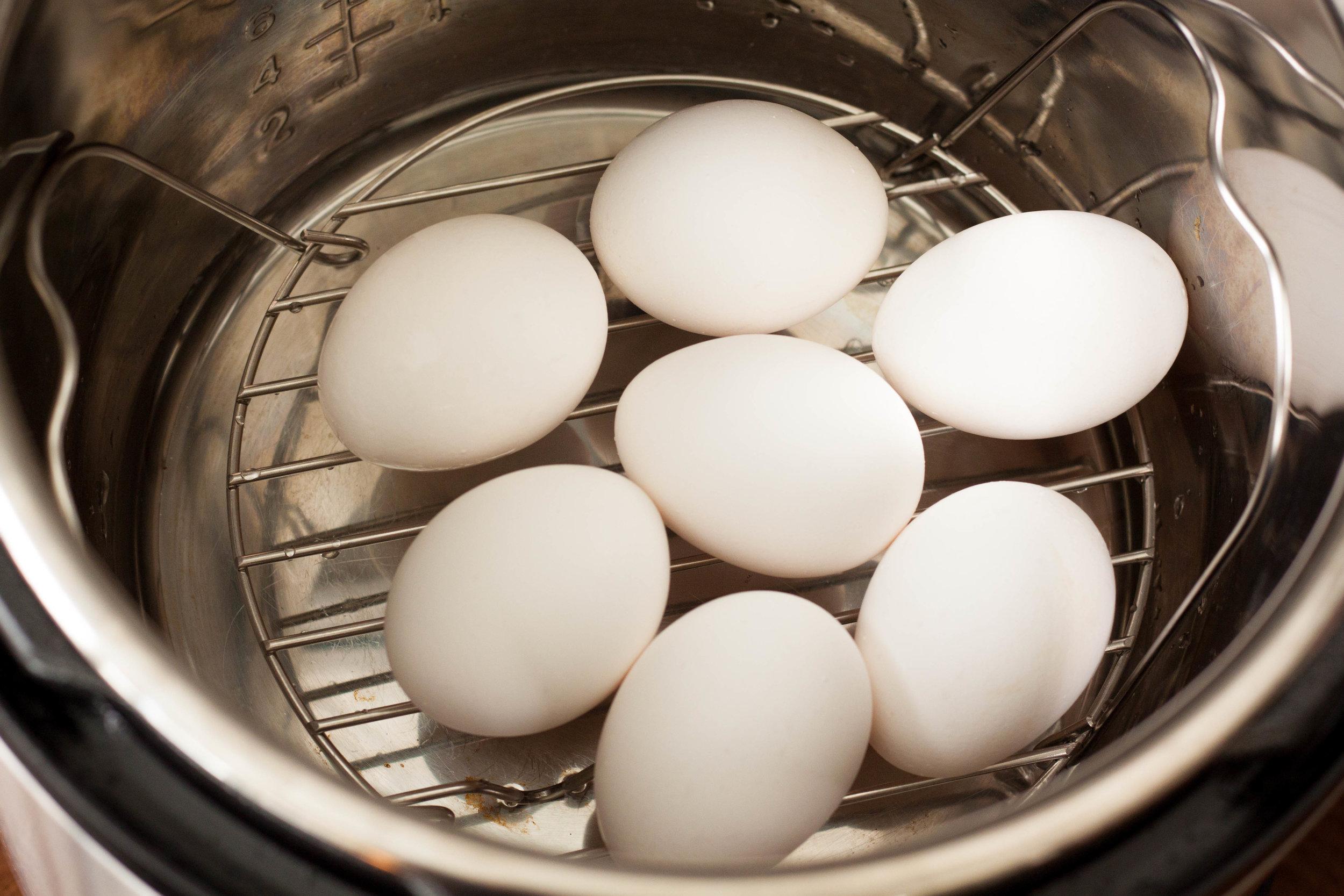 2018_05_Hard Boiled Eggs Instant Pot_00002.jpg