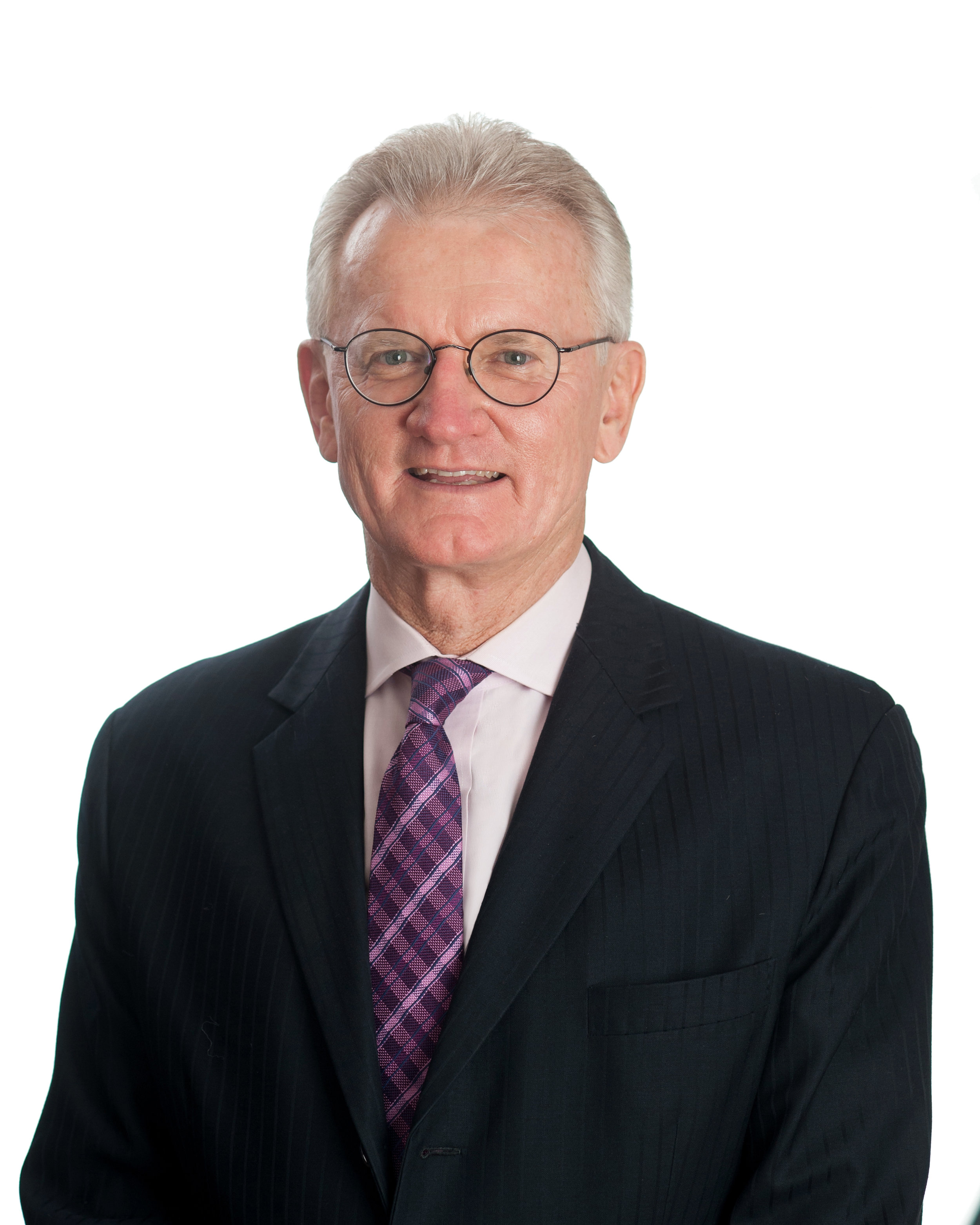 A/PROF William Glasson - AO, MBBS, FRANZCO, FRACS, FRCOPHTH, FRACGP (HONS), DIP APPSC(QPH)Dr Glasson is a general ophthalmologist with special interests in refractive surgery and ocular oncology. Having graduated from the University of Queensland in 1980, Dr Glasson then completed his residency at the Princess Alexandra Hospital and the Mater Hospital. He undertook postgraduate training in London in areas including ocular oncology as well as lid and lacrimal pathology.Dr Glasson leads ophthalmology clinics at Longreach, Winton, Barcaldine and Blackall. He also provides outreach services to both Australian indigenous communities and in East Timor. He is a former President of the Australian Medical Association and the Royal Australian and New Zealand College of Ophthalmologists. Furthermore, he holds the rank of Lieutenant Colonel and is a consultant ophthalmologist to the Australian Army.Specialties: General Ophthalmology, Cataract surgery, Eye Lid, Orbital and Lacrimal Disease, Glaucoma, Ocular Oncology, Oculoplastics, Refractive Surgery.