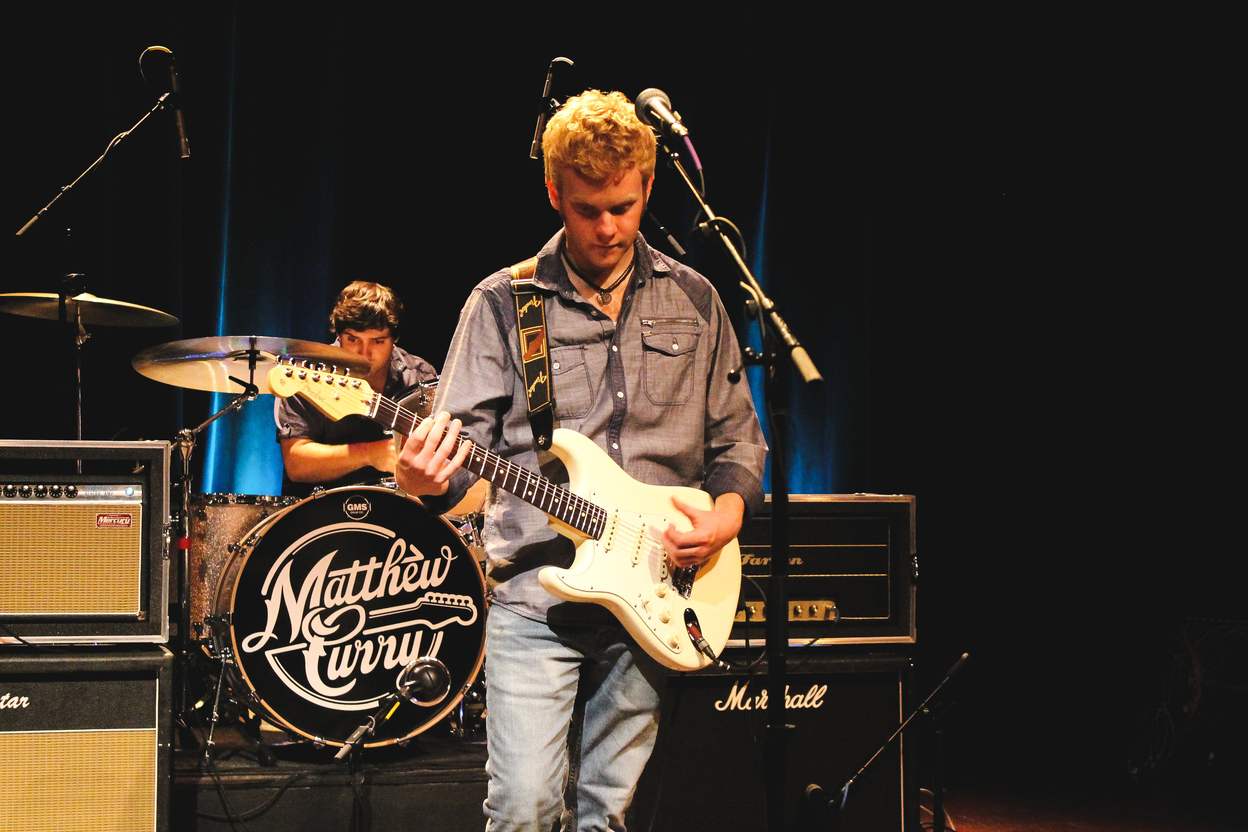 Photograph of Matthew Curry during video shoot for Fender Guitars by Max Coatney.