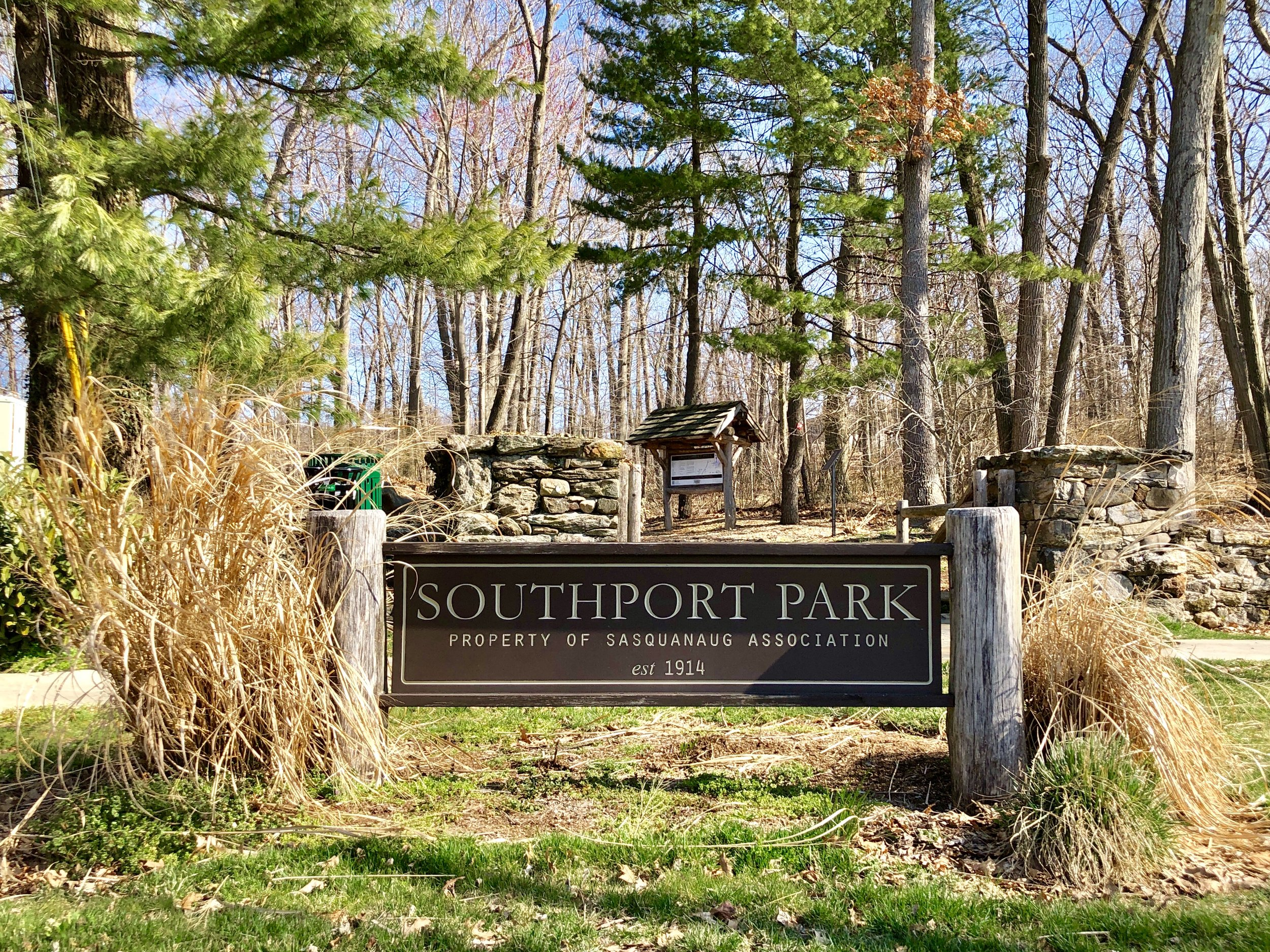 Southport Park - An urban oasis on the Old Post Road, the park's history begins with the railroad which owned the property in the 1890s and clear-cut it to use the wood to pay for an expansion project. The land was donated to Sasquanaug in 1954 with the condition that the property be maintained for public use and protection of plants and wildlife. Today its half-mile of trails is a favorite destination for dog walkers, hikers, joggers, and families who enjoy the natural playscape.