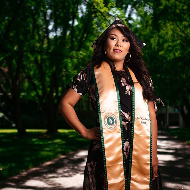 Stingers up!  Posted while the Tesla was on autopilot. Just rented it for mothers day.  Need to get one tho asap.  @bribri.92 out here victorious!  #stingersup #SacState #SacramentoState #csus #graduation #graduating #graduationphotos #graduationpictures #gradpics #sacramento #sacramentophotographer