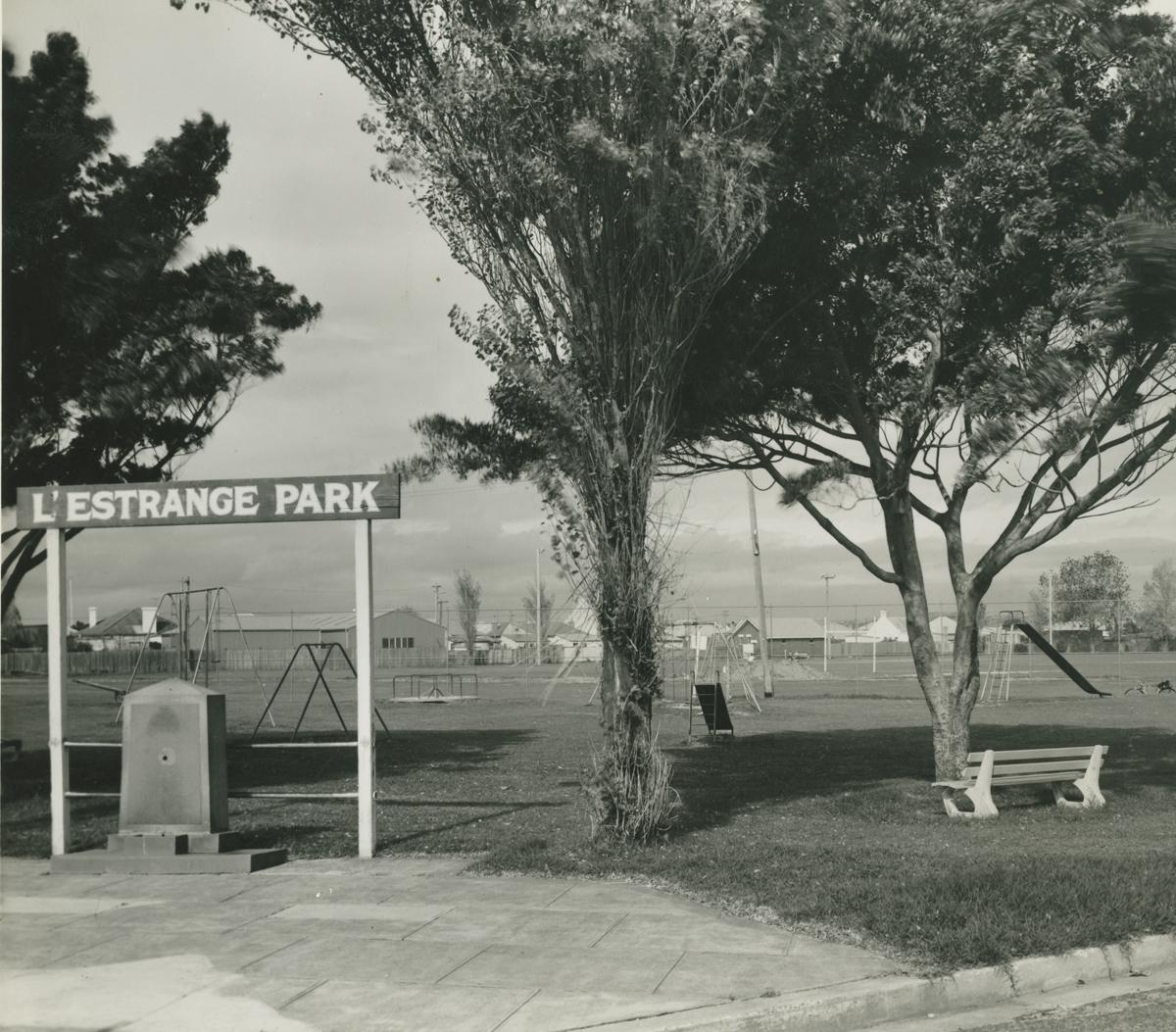lestrange-park_mascot_history.jpg